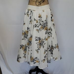 Nwt floral skirt